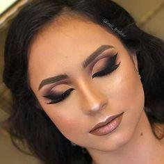 21 Trendy Ideas For Eye Makeup Halloween Cut Crease Eye Makeup Tips, Smokey Eye Makeup, Beauty Makeup, Hair Makeup, Hair Beauty, Smoky Eye, Red Eyeliner, Gorgeous Makeup, Love Makeup