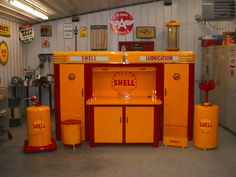 Alemite Shell Work Station
