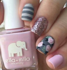 Here we see what I mention in previous image. Grey color is combined with pink roses and green details. One nail is in very light pink shade. There's also a little bit of black color, and beautifully golden sparkle on middle finger.love the roses Get Nails, Fancy Nails, Love Nails, How To Do Nails, Hair And Nails, Style Nails, Nail Lacquer, Nail Polish, Nail Nail