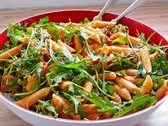 Eckis italienischer Nudelsalat mit Pesto, ein sehr schönes Rezept aus der Kategorie Studentenküche. Bewertungen: 308. Durchschnitt: Ø 4,7.