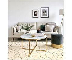 banking woonkamer Cauti o masuta de ca - banking Beige Couch, Beige Sofa Living Room, Living Room Decor, Bedroom Decor, Gray Home Offices, Kitchen Layout, Home And Living, Interior Design, Furniture