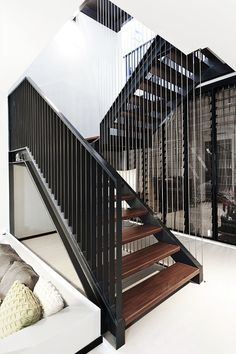 """"""" Terrace House by Architology """""""