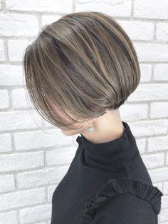 Pin on ボブ Asian Short Hair, Medium Short Hair, Long Layered Hair, Medium Hair Cuts, Short Hair Cuts, Haircut Medium, Medium Long, Haircut Short, Haircuts With Bangs