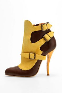 Manolo Blahnik boots - freaking awesome. Imagine these semi-hidden under a pair of jeans...