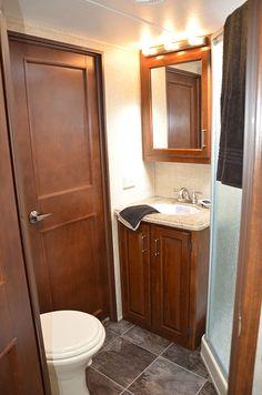 Keystone Alpine 3535RE 2013 Fifth Wheel RV Interior Bathroom