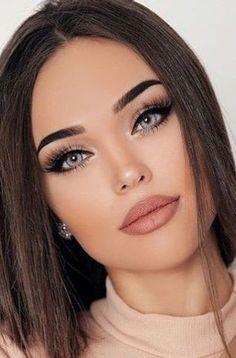 Make Up Looks, Gorgeous Makeup, Pretty Makeup, Big Eye Makeup, Makeup Art, Wedding Makeup For Blue Eyes, Cat Makeup, Eyeliner Makeup, Clown Makeup
