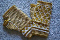 Knitting Pattern Name: Arrow Fingerless Mitts Pattern by: Hiromi Sakurai