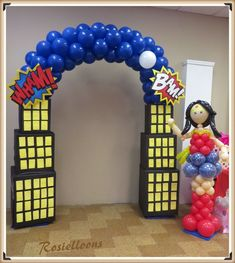 Wonder Woman Balloon Arch and Sculpture Superhero Party Decorations Diy, Balloon Decorations Party, Birthday Party Decorations, Superman Birthday Party, Girl Superhero Party, Spiderman Birthday Invitations, Wonder Woman Birthday, Wonder Woman Party, Superhero Balloons