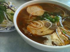 Local Hot Spots for Eating and Drinking in Nha Trang