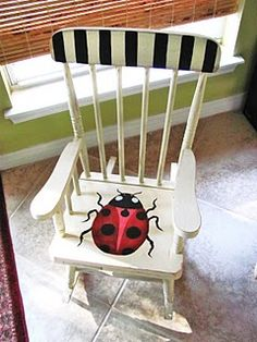 a ladybug chair for the little ones        ~~perfect!!