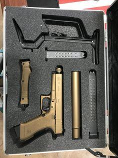 RAE Magazine Speedloaders will save you! Shooting Guns, Shooting Range, Tactical Life, Tactical Gear, Weapons Guns, Guns And Ammo, Tac Gear, Gun Cases, Custom Guns