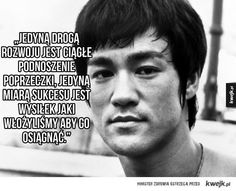 We all have time to spend or waste. but once passed, it is gone forever. Motivational quotation by Bruce Lee on time Bruce Lee Poster, Amazing Quotes, Best Quotes, Life Quotes, Famous Quotes, Favorite Quotes, Qoutes, Top Quotes, Truth Quotes