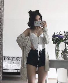 Flawless Summer Outfits Ideas For Slim Women That Looks Cool - Oscilling Edgy Outfits, Grunge Outfits, Cool Outfits, Summer Outfits, Fashion Outfits, Fashion Trends, Fashion Men, Fashion Ideas, Funny Outfits