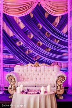 These fabulous ideas for an inspirational purple wedding decorations. However, wedding theme parties is the awe-aspiring beauty of the purple wedding decorations. Wedding Reception Backdrop, Wedding Stage Decorations, Wedding Mandap, Wedding Table, Wedding Ideas, Wedding Receptions, Diy Wedding, Indian Bride And Groom, Do It Yourself Wedding