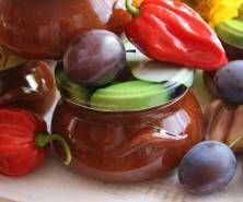 Pikantny sos śliwkowy Ketchup, Fruit, Food, Meal, The Fruit, Essen, Hoods, Meals, Eten