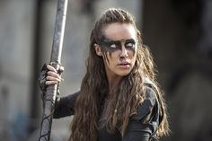 40+ Costumes You Can Wear This Halloween If You're Obsessed With The CW Lexa From The 100
