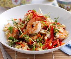 Warm asian prawn salad — Food to Love Healthy Prawn Recipes, Fish Recipes, Seafood Recipes, Asian Recipes, Cooking Recipes, Ethnic Recipes, Warm Salad Recipes, Wonton Recipes, Eating Clean