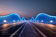 Radio waves in Tron city Meydan bridge is such an awesome location.  Futuristic silhouette of a Tron like location together with the fact that its empty for most of the time makes it pleasure to shoot.  We had fun creating those light trails right at the end of the shoot.