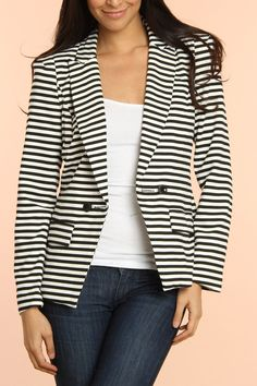 Cecico Nadine Jacket In Off White And Black
