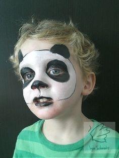 Panda VeganFaces face paint by IngeSchminkt. Face Painting Supplies, Face Painting Designs, Painting For Kids, Panda Face Painting, Bear Face Paint, Kids Makeup, Toddler Makeup, Panda Makeup, Animal Faces