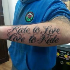 Biker Tattoos Live To Ride Ride To Live Tattoo Lettering Old