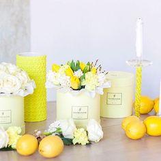 Salut, друзья!  Свежие новости весенне-летнего сезона  Под стать настроению солнечной Весны мы создали новую лимитированную коллекцию коробок свежего лимонного цвета!  Словно первые солнечные блики соединились с бодрящим лимонным соком, чтобы воплотиться в новой коробочке с освежающим весенне-летним названием Citron  Теперь для вас новый вид любимых букетов в лимонадном настроении   #florentin #florentinproject