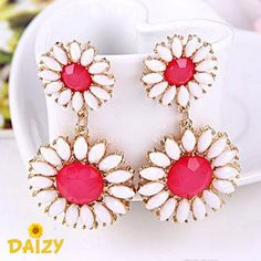 'Daizy' Pink and White Flower Dangle Earrings