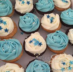 Blue and White Buttercream Cupcakes www.sweetsecretsdubai.com White Buttercream, Buttercream Cupcakes, Blue And White, Desserts, Food, Tailgate Desserts, Deserts, Essen, Postres