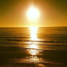 Recibir los primero rayos del sol.