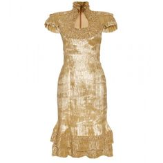 Koh Samui Loves ... ALEXANDER MCQUEEN Pleated Trim With Structured Epaulets