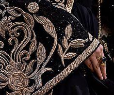 A closer look at the details of the ELIE SAAB Haute Couture Autumn Winter Show The Grisha Trilogy, Or Noir, Lesage, Dragon Age, Fashion Details, Couture Details, Creations, Fancy, Paris