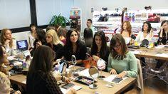 le ragazze all'opera!