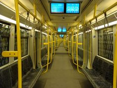 Berliner U-Bahn, Innenansicht Baureihe H Corporate Identity Design, Bahn Berlin, Underground Tube, Berlin Travel, Public, S Bahn, Filming Locations, Photo Reference, Short Film