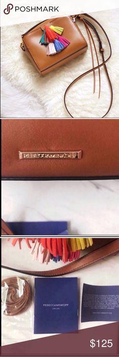 "Womens Cross Body Black Patent Rhinestone Studded Leather L 8/"" W 7/"" H 7.5/"""