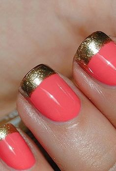 pink-gold-manicure