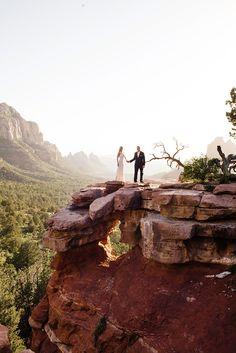 Blush Feminine L'Auberge de Sedona Destination Wedding - Cameron and Kelly Studio