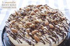 5-minute Rocky Road Cheesecake by TheMarshmallowStudio Sweets Recipes, Baking Recipes, Baking Ideas, Recipes With Marshmallows, Marshmallow Recipes, Rocky Road, Cheesecakes, Macarons, Delicious Desserts