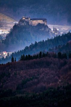 Orava, Slovakia (by Juraj Kupculak). All things Europe One Day Tour, Medieval Castle, Life Pictures, Day Tours, Landscape Photos, Far Away, Oh The Places You'll Go, Island, City