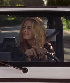 Cher Horowitz (played by Alicia Silverstone) ~Clueless 1995 Clueless 1995, Clueless Fashion, Clueless Outfits, Cher From Clueless, Fashion Outfits, Clueless Aesthetic, Film Aesthetic, Iconic Movies, Good Movies