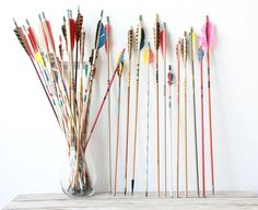 etsy find of the day | 9.14.13 collection of vintage arrows, set of 5 by gallivantinggirls  these bright and fun vintage arrows come in sets of 5 and would look really cute in a tall glass vase on your bookshelf or desk :D want!