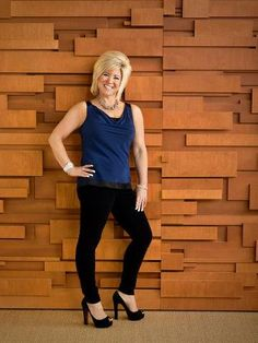 The Long Island Medium.