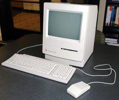 #01 Macintosh Classic  My first contact Mac  自分に取ってのMac初遭遇機。当時の彼女が所有していて色々いじり倒した。  当時、自分はと言えば同じ金額を出すなら一体型でプリントが出来るワープロの方がまだまだ優先順位が高く、私は迷わず夏のバイト代は東芝Rupo-95Hを購入する。このモデルは初のアウトラインフォントでの出力が可能になったモデルで、別売のゴシック体ROMも購入し、課題のプレゼンボード作成に大活躍をした。