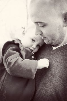 Daddy and daughter photo. Family Mini Session « Kara Vorwald Photography  #daddyanddaughter