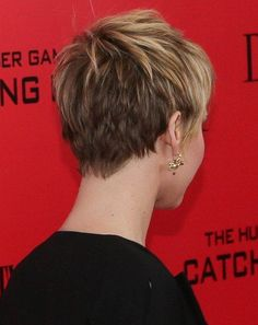 2014 Short Hairstyles for Round Faces: Jennifer Lawrence Short Hair Back View