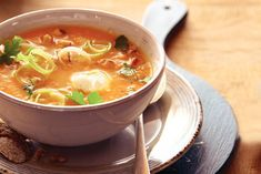 Kijk wat een lekker recept ik heb gevonden op Allerhande! Gebonden groentesoep met Griekse yoghurt