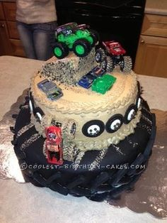 Coolest Monster Truck Birthday Cake... This website is the Pinterest of homemade birthday cakes