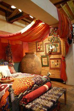 orientalische gardinen haengend decke bett - Schlafzimmer Ideen Orientalisch