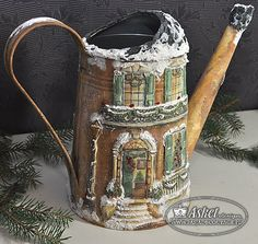 decoupage / watering can Christmas Decoupage, Diy And Crafts, Paper Crafts, Christmas Fairy, Tea Pots, 3 D, Miniatures, Shabby Chic, Canning