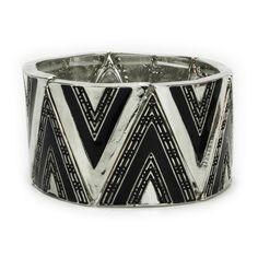 Lux Juniors Zig Zag Stretch Bracelet #VonMaur #BlackandWhite