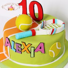 Tort Tenis Alexia Computer Cake, Cakes By Melissa, Tennis Cake, Piano Cakes, Birthday Parties, Birthday Cakes, Birthday Ideas, Sport Cakes, Funny Cake